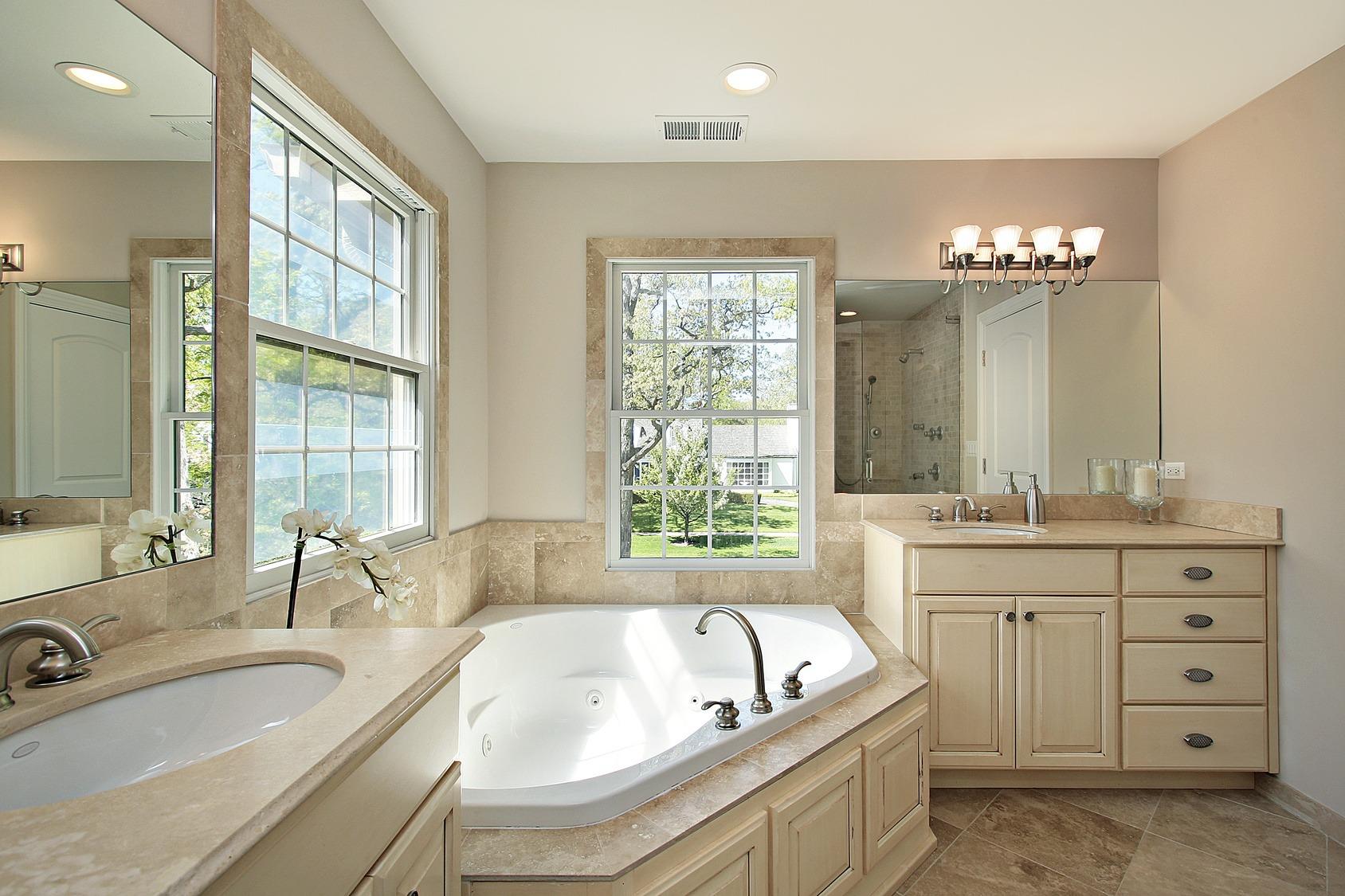 Master bath with tub - Classic Remodeling NW, Inc. on Master Bath Remodel Ideas  id=95856